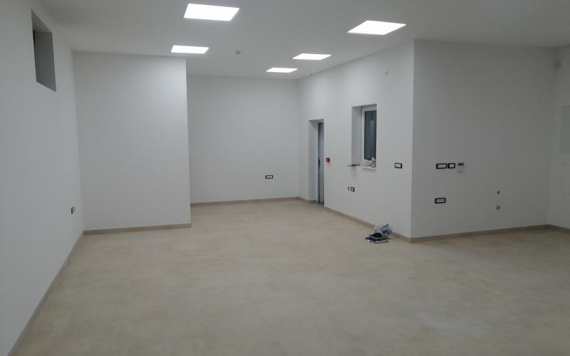 Poslovni prostor 90 m2