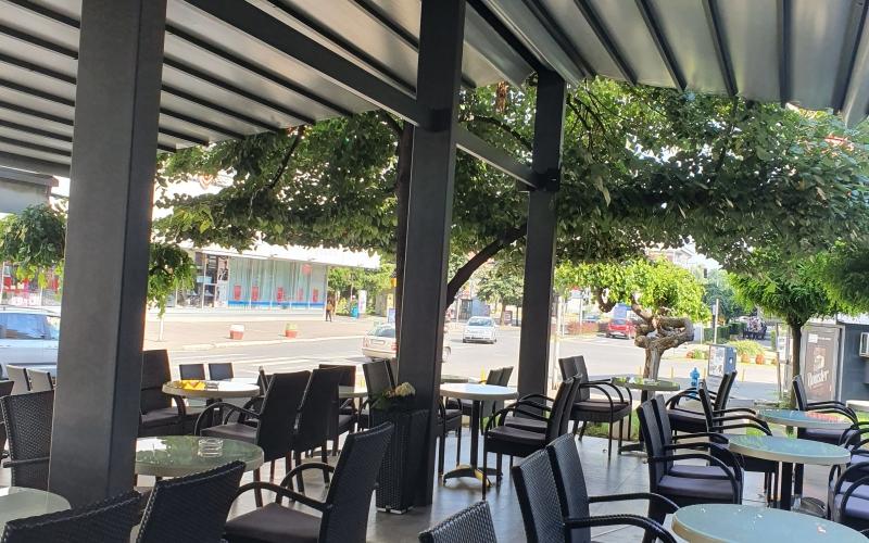 Potreban šanker /ica i  konobar /ica  za rad u Cafe La Bella Maria