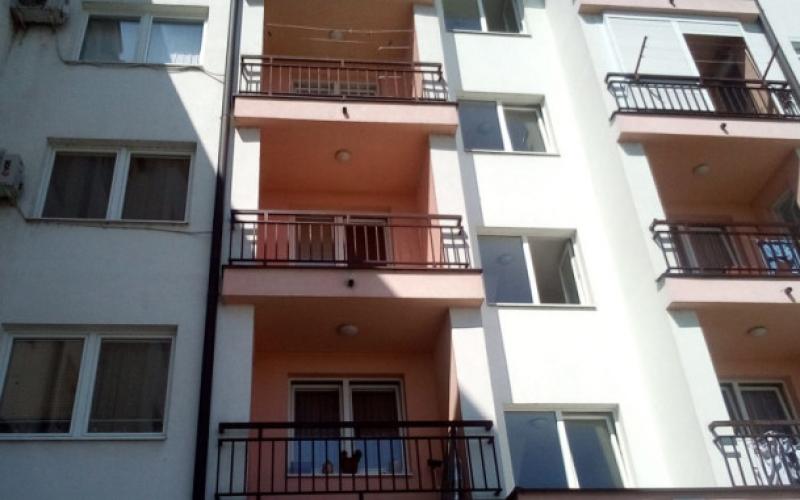 prodajem dvosoban stan 47m2 u Bijeljin i