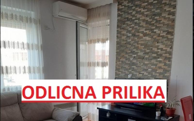 prodajem trosoban stan 57m2 u Bijeljini