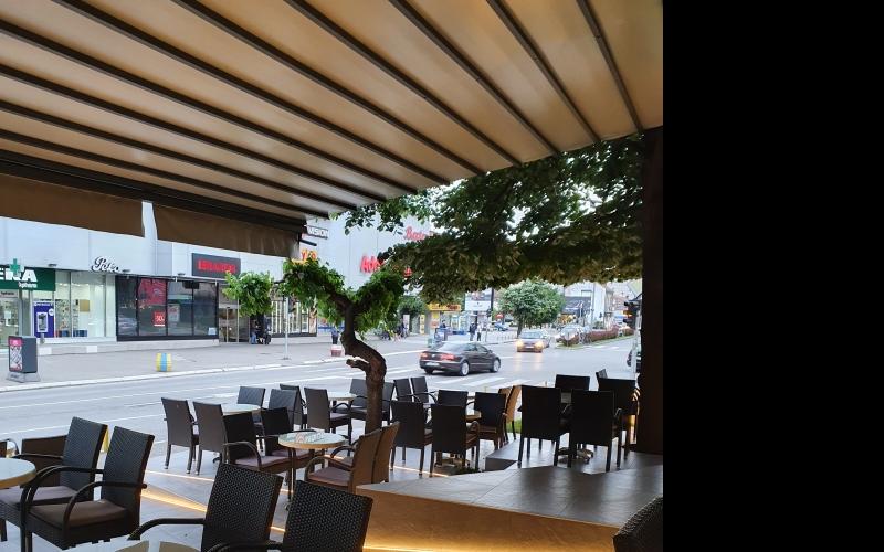 Cafe La Bella Maria potreban konobar/ica sanker/ica
