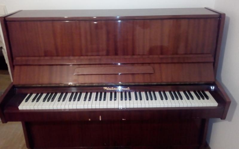 Klavir pianino cajkovski