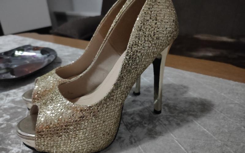 CoolleeDiva cipele broj 35