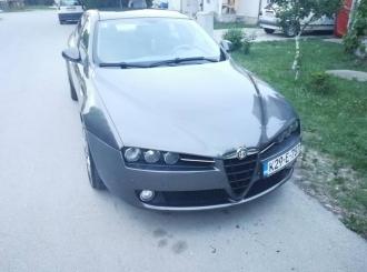 Alfa romeo 159 1.9 JTDm 8v 2006 godiste registrovan...
