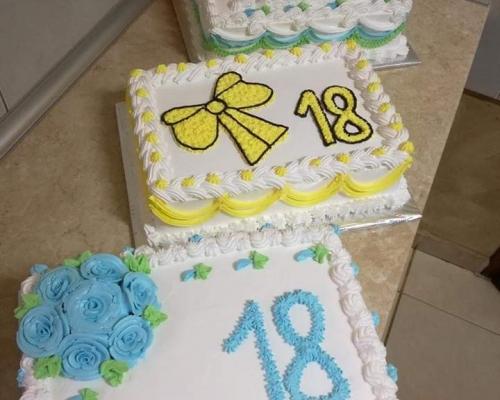 Domace torte,kolaci,dzemovi i slatka(bez konzervansa i aditiva)