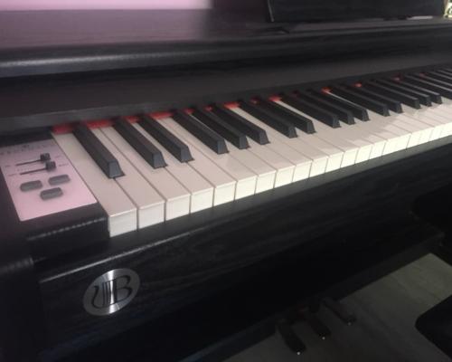 Električni klavir Brodmann