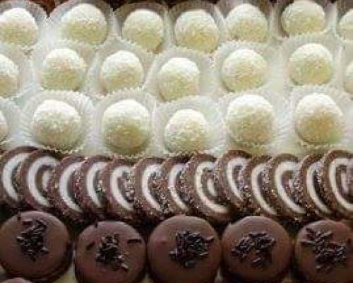Domace torte,kolaci,slani rolati (po narudzbi)