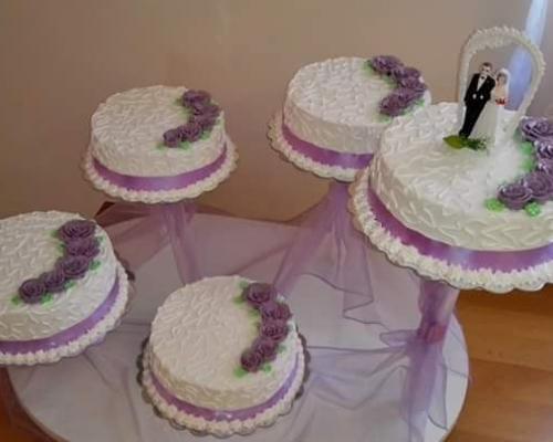 Domace torte,kolaci,slani rolati(po narudzbi).Inf. i narudzbe na tel;065-799-452