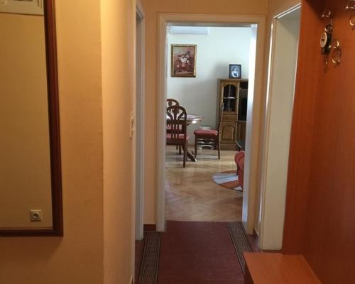 Odličan trosoban stan u Bijeljini 53m2