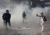"""""""Žuti prsluci"""" ponovo na ulicama, policija ih tjera i hapsi (FOTO)"""