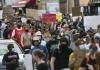 Sukobi na ulicama SAD zbog smrti Afroamerikanca kojem je policajac kolenom pritiskao vrat