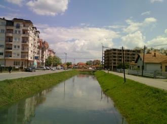 Učenici Ekonomske škole nastavljaju čišćenje kanala Dašnica