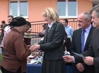 Cvijanovićeva uručila ključeve za 33 porodice