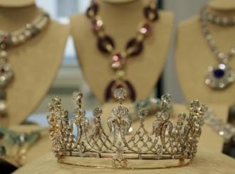 Na rasprodaji dijamanti Elizabet Tejlor
