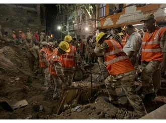 Urušila se stambena zgrada u Delhiju, sedmoro mrtvih
