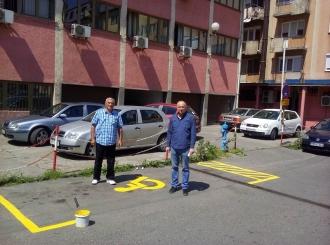 FOTO U Bijeljini devet novih parking mjesta za osobe sa invaliditetom