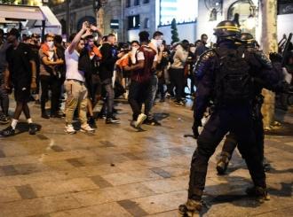 Neredi u Francuskoj, ima i mrtvih: Slavlje zbog titule se pretvorilo u haos na ulicama Pariza
