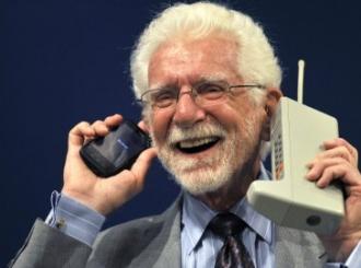 Prvi poziv sa mobilnog telefona obavljen pre 38 godina