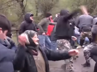 Tuča građana i policije u Gruziji, prvu liniju držale bake