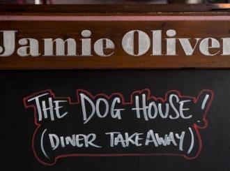 """Sudbina """"Golog kuvara"""": Zbog čega je propao Džejmi Oliver?"""