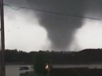 Tornado u Oklahomi srušio hotel, više mrtvih