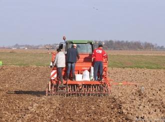 Loša godina za poljoprivrednike, najviše stradalo područje Bijeljine