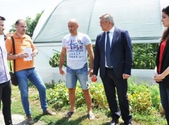Porodica Maksimović iz Amajlija dobila novu kuću i plastenik