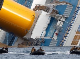 """U olupini broda """"Kosta Konkordija"""" pronađena tela dve žene"""