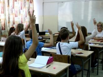 """U školama Srpske 841 """"vukovac"""""""