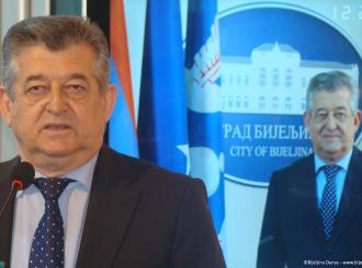 Gradonačelnik Bijeljine čeka rezultate testiranja na korona virus: Mićić u karantinu