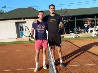 Žarko Mirkanović pobjednik turnira rekreativne teniske lige Bijeljina