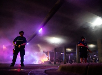 Haos u SAD-u se nastavlja - još jedna žrtva, policijski čas u 25 gradova