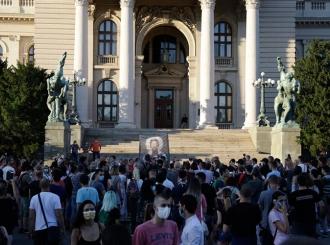 U Beogradu počelo okupljanje, jedan demonstrant uhapšen