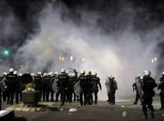 Tokom nereda u Beogradu povrijeđeno najmanje 19 osoba, više od 70 uhapšeno