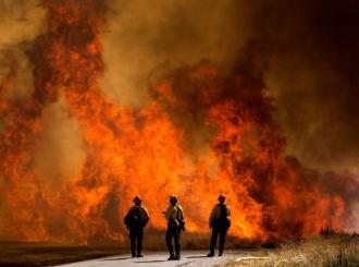 Kalifornija u plamenu: Zbog šumskog požara oko 8.000 stanovnika dobilo naredbu o evakuciji