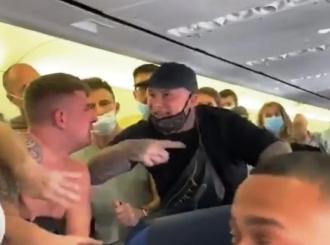 Tuča u avionu, nisu htjeli da nose maske