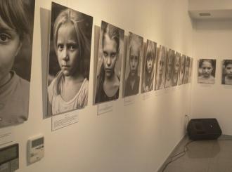 Izložba Djeca Donbasa u Bijeljini do 17. avgusta