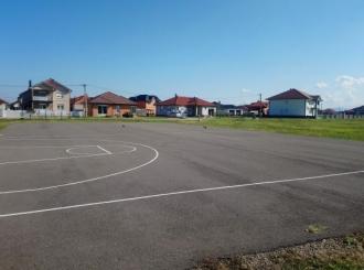 Apel mladih MZ Ledinci: Pomozite da uredimo igralište