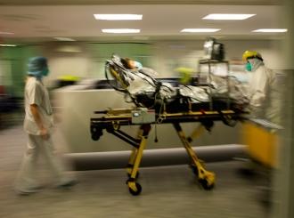 U drugom talasu korone u Evropi manja smrtnost i manje ljudi u bolnicama