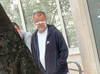 """Fotografija Hrvata sa maskom postala viralna: """"Poštuje mere"""""""