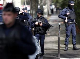 Novi incident u Francuskoj: Uhapšen muškarac u Lionu, spremao se da uđe u voz i napadne putnike
