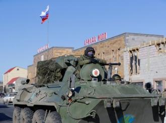 Ruska vojna policija patrolira u Nagorno-Karabahu