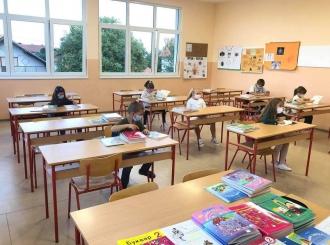 Škole spremne za učenike: Od sutra nastava u đačkim klupama, ali ne za sve