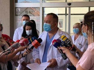 Maksimović: Pravo pitanje je ima li dovoljno ljudi koji znaju raditi sa respiratorima?