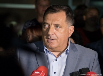 Dodik: Zamoliću Vučića da dio vakcina dodijeli Republici Srpskoj