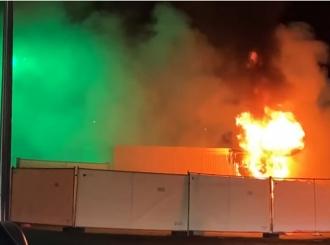 Neredi u Holandiji, demonstranti zapali laboratoriju za testiranje