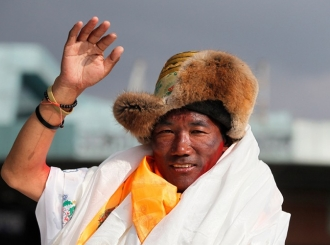 Nepalski vodič popeo se 25. put na Mont Everest