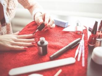 Pet načina da skinete lak s noktiju ako nemate aceton