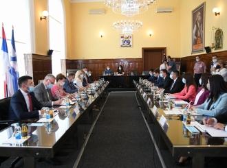 Zvaničnici Srpske sa rukovodstvom Grada FOTO