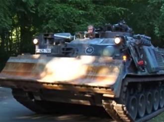 VIDEO U podrumu krio tenk, ne znaju kako da ga kazne
